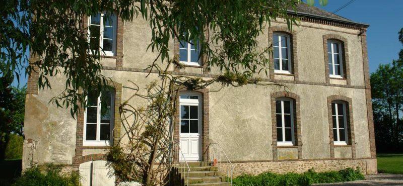 facade-Maison-chambres-dhôtes